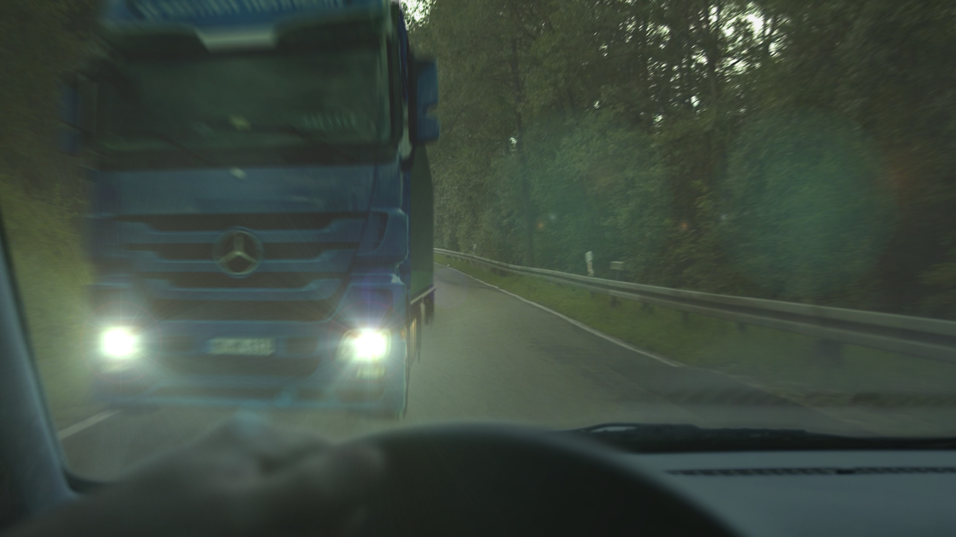 Fertiges Compositing des LKW-Crashs